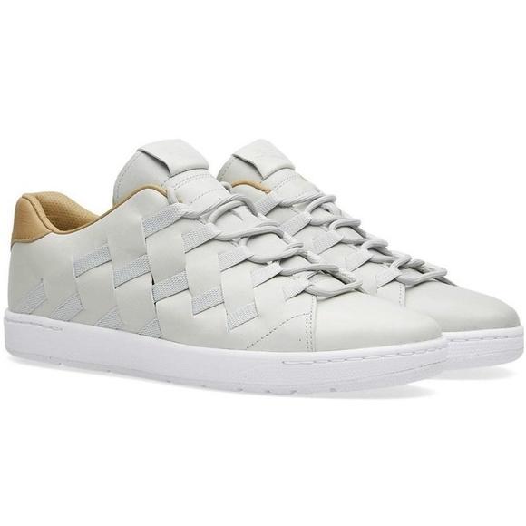 online retailer c08e8 2c0fc Nike Tennis Classic Ultra Premium QS Woven Silver. Nike.  M 5cb864958d6f1a002f4cf069. M 5cb86496969d1f1c625c59d4.  M 5cb8649610f00ff671d48b24